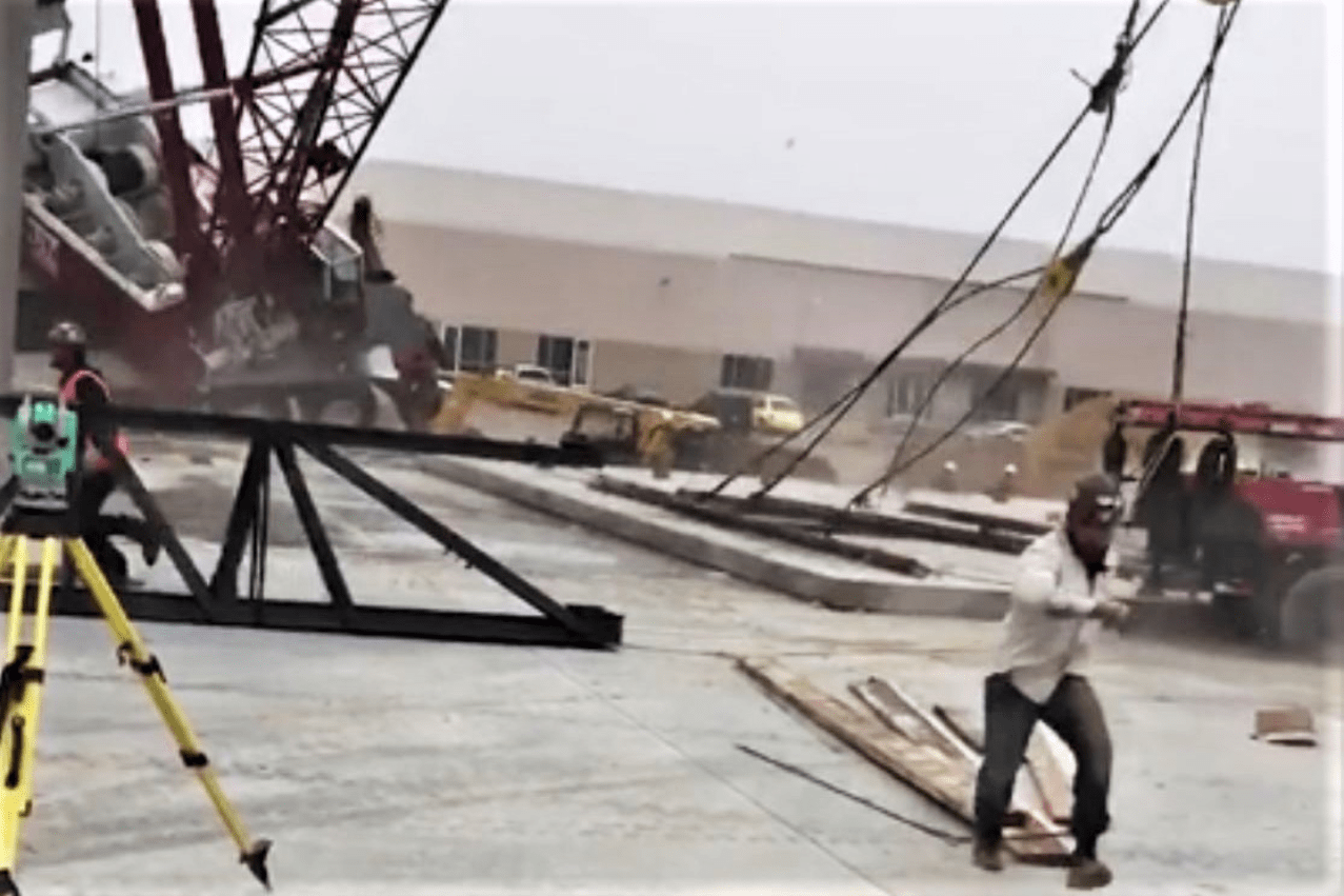 Steel Erection Safety ~ Crane collapse during lift of concrete wall sends workers scrambling